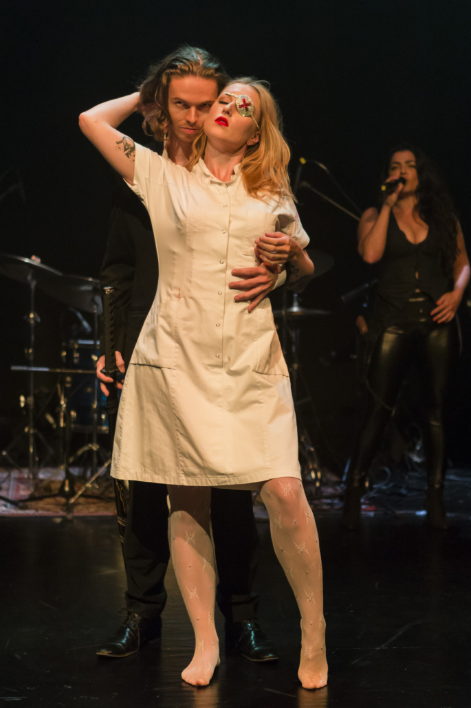 Melanie Wetendorf Youngbar- The Tarantino Twist Show